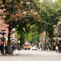 Amy's travel gallery... | Vancouver | Gastown | メインのWater Steet