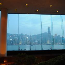 Amy's travel gallery... | HongKong | Lobby Lounge - InterContinental Hong Kong | 気がづくと夕暮れ、異国情緒溢れる風景